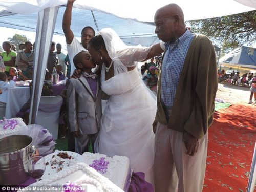 Meet Saneie the 8year youngest groom in the world