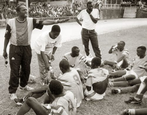 Peter Okee Briefing the Cranes Players in the training .